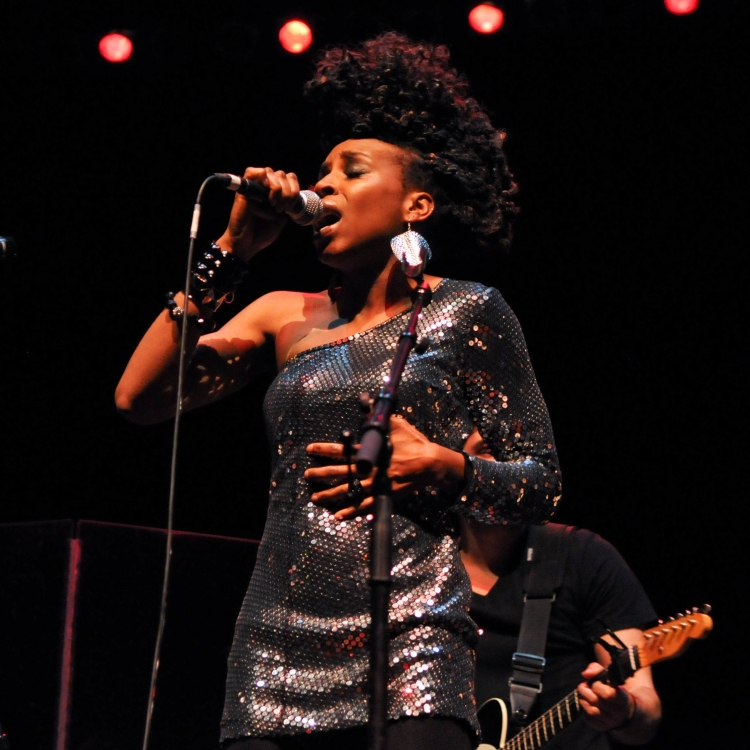Flo_Performance_Lauryn_Hill_Show2